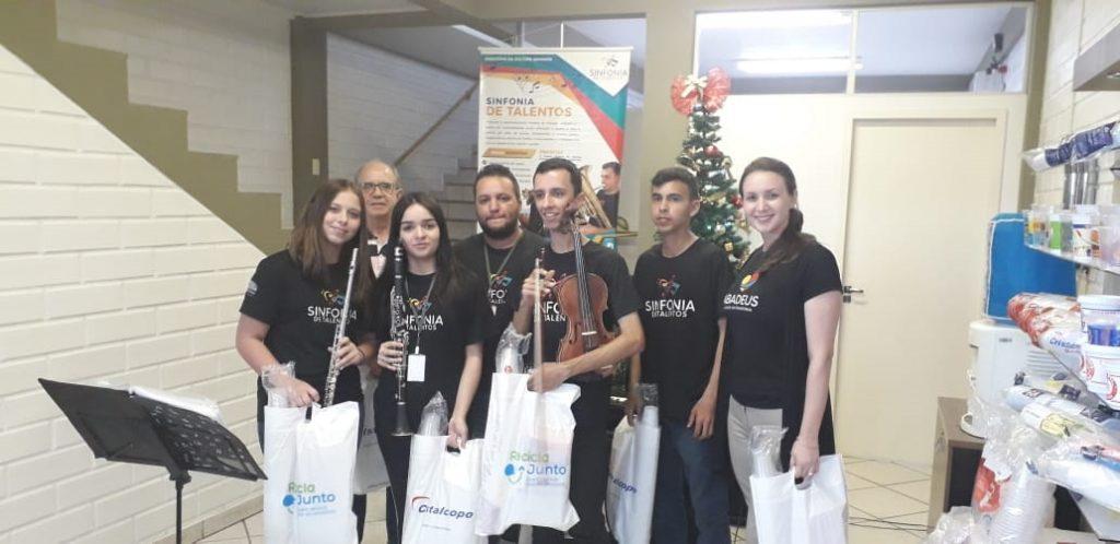 Programa Sinfonia de Talentos faz apresentação na Cristalcopo!